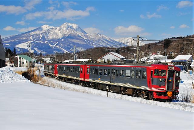 画像提供:しなの鉄道