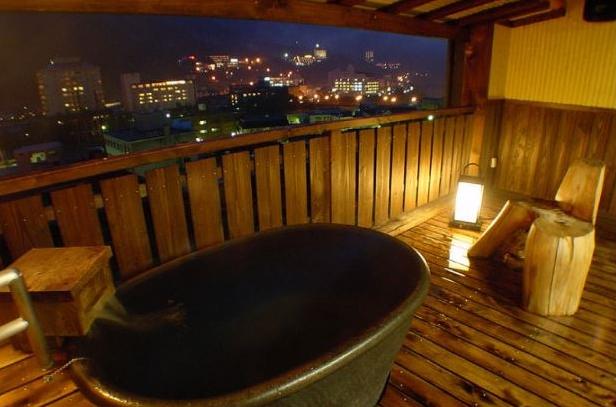 客室露天風呂「月のあかり」