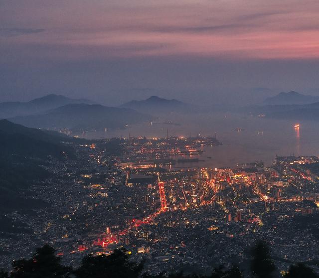 標高737mから見下ろす呉の街