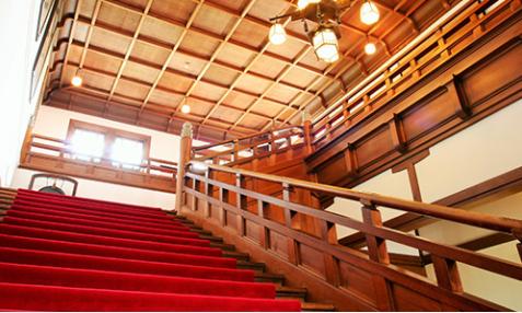 大階段(イメージ)