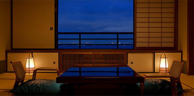 photo by 琵琶湖グランドホテル・京近江 (138508)
