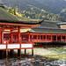 神が宿る島・宮島の世界遺産「厳島神社」