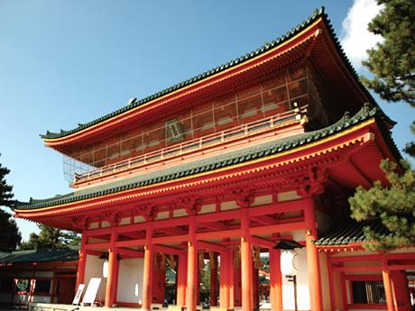京の三大祭のひとつ「時代祭」(指定観覧席から観賞) 嵐山散策と平安神宮 2日間