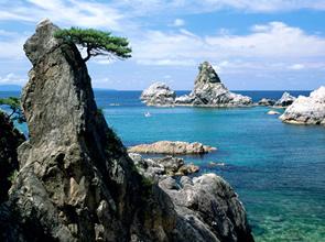 日本海の絶景と修験道の世界へ 夏の笹川流れ遊覧と出羽三山(羽黒山・湯殿山)参り 3日間