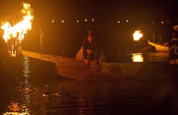岩国の夏の風物詩「錦帯橋の鵜飼」観賞と宮島の秘密に迫る宮島周遊クルーズ旅 2日間