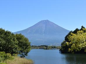 世界遺産「富士山」の絶景をめぐる富士山13景 2日間