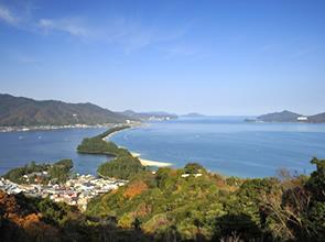 まつたけご飯・サザエ・甘えび食べ放題 日本三景天橋立たっぷり120分滞在と海上から楽しむ伊根舟屋めぐり 日帰り