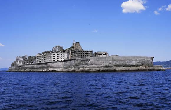 【おとなび・九州】祈りと美食の島・上五島と世界遺産「軍艦島」上陸クルーズ 3日間