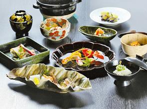 観光タクシー利用で行く加賀美食の旅 金沢の名料亭「金茶寮」と金沢フリータイム 2日間