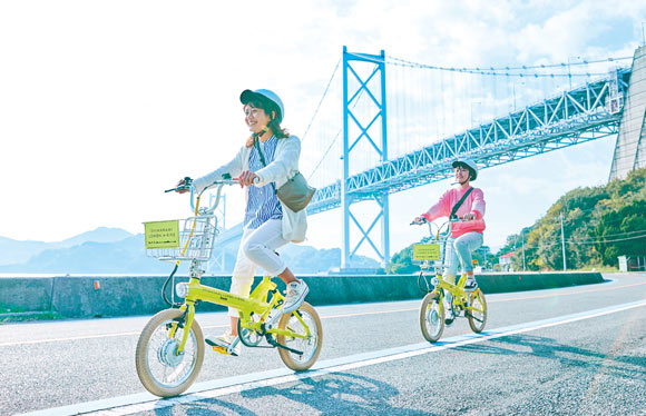 観光列車「La Malle de Bois」としまなみ海道プチサイクリング 2日間