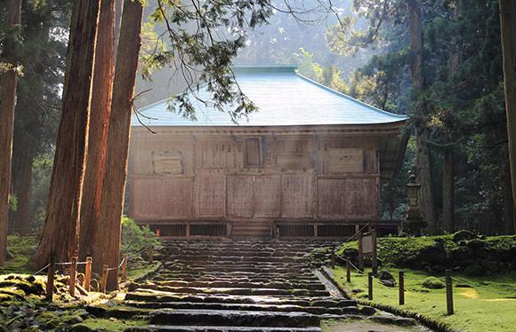 伝統の町 郡上八幡と親禅の宿 柏樹關で禅に触れる旅 2日間