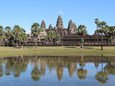 【カンボジア】「緑の村」の名を持つ「プーム・バイタン」の隠れ家ヴィラに泊まる 微笑みの世界遺産アンコール5日